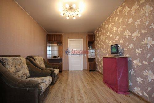 2-комнатная квартира (61м2) на продажу по адресу Мурино пос., Новая ул., 7— фото 5 из 15