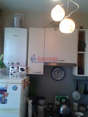 2-комнатная квартира (48м2) на продажу по адресу Ломоносов г., Александровская ул., 23— фото 4 из 10