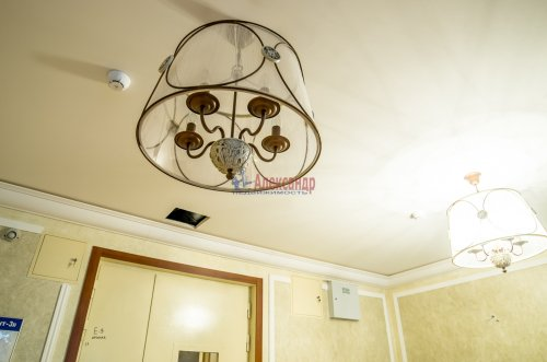 4-комнатная квартира (156м2) на продажу по адресу Варшавская ул., 66— фото 8 из 25