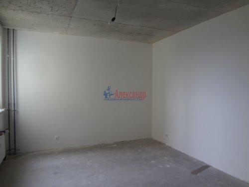 2-комнатная квартира (60м2) на продажу по адресу Мурино пос., Охтинская аллея, 14— фото 6 из 17