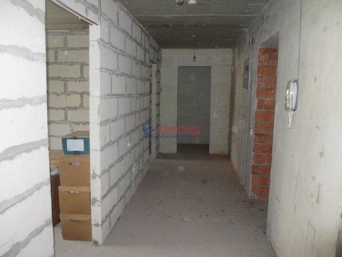 2-комнатная квартира (63м2) на продажу по адресу Павловск г., Слуцкая ул., 7— фото 6 из 15