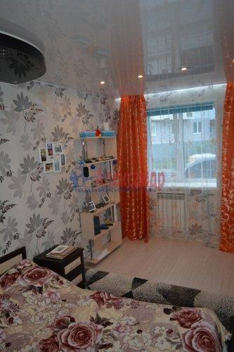 2-комнатная квартира (44м2) на продажу по адресу Колпино г., Лагерное шос., 55— фото 6 из 24