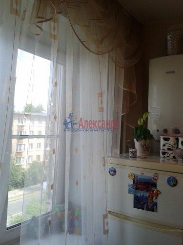 2-комнатная квартира (48м2) на продажу по адресу Ломоносов г., Александровская ул., 23— фото 6 из 10