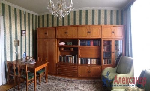3-комнатная квартира (81м2) на продажу по адресу Таврический пер., 12— фото 10 из 27