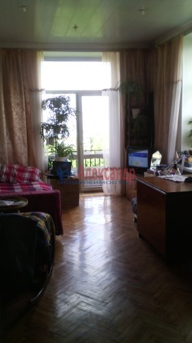 4-комнатная квартира (105м2) на продажу по адресу Краснопутиловская ул., 12— фото 2 из 12