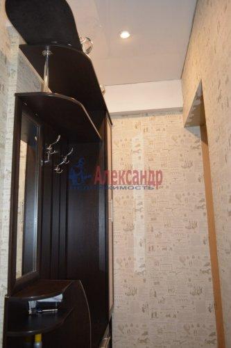 2-комнатная квартира (44м2) на продажу по адресу Колпино г., Лагерное шос., 55— фото 7 из 24