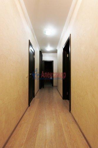 2-комнатная квартира (64м2) на продажу по адресу Белы Куна ул., 1— фото 14 из 16