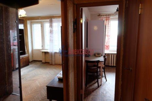 1-комнатная квартира (37м2) на продажу по адресу Вавиловых ул., 17— фото 5 из 15