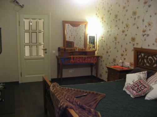 3-комнатная квартира (138м2) на продажу по адресу Пискаревский пр., 37— фото 15 из 24