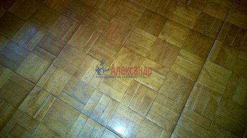 2-комнатная квартира (50м2) на продажу по адресу Художников пр., 9— фото 4 из 9