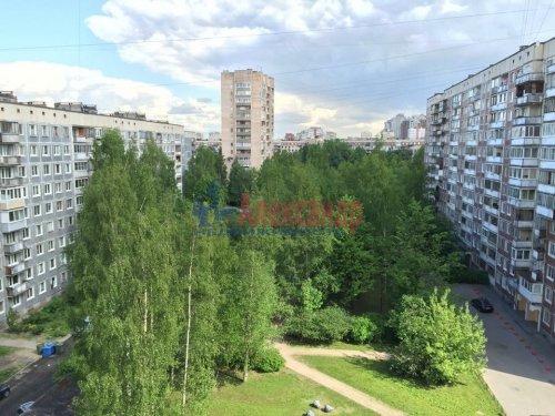 3-комнатная квартира (70м2) на продажу по адресу Художников пр., 13— фото 1 из 18