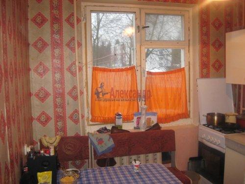 3-комнатная квартира (62м2) на продажу по адресу Каменногорск г., Ленинградское шос., 84— фото 1 из 5