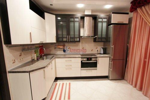 2-комнатная квартира (64м2) на продажу по адресу Белы Куна ул., 1— фото 5 из 16