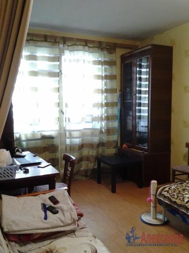 1-комнатная квартира (33м2) на продажу по адресу Октябрьская наб., 124— фото 1 из 5