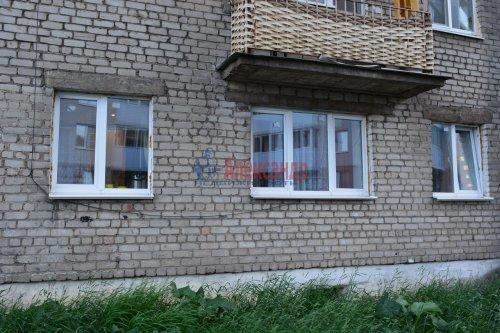 2-комнатная квартира (44м2) на продажу по адресу Колпино г., Лагерное шос., 55— фото 9 из 24