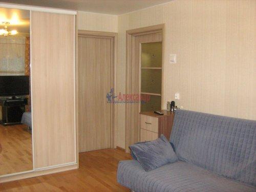2-комнатная квартира (45м2) на продажу по адресу Суздальский просп., 107— фото 2 из 15