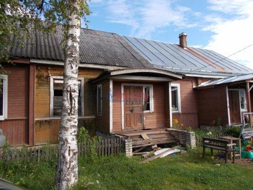 2-комнатная квартира (51м2) на продажу по адресу Свирица пос.— фото 1 из 2
