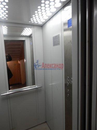 2-комнатная квартира (52м2) на продажу по адресу Тимуровская ул., 4— фото 9 из 10