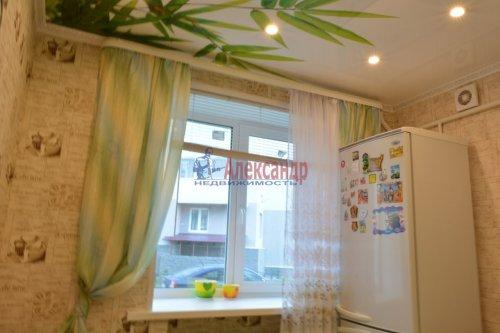 2-комнатная квартира (44м2) на продажу по адресу Колпино г., Лагерное шос., 55— фото 10 из 24