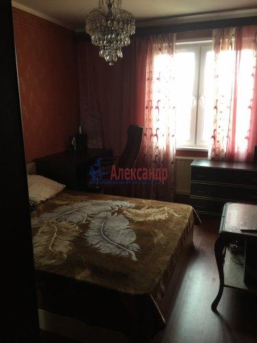 3-комнатная квартира (68м2) на продажу по адресу Школьная ул., 104— фото 6 из 8