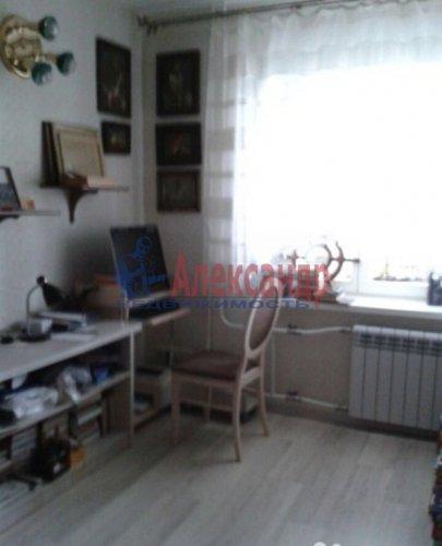 3-комнатная квартира (108м2) на продажу по адресу Луначарского пр., 11— фото 9 из 14