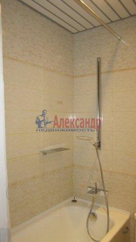 2-комнатная квартира (69м2) на продажу по адресу Ленинский пр., 84— фото 6 из 8