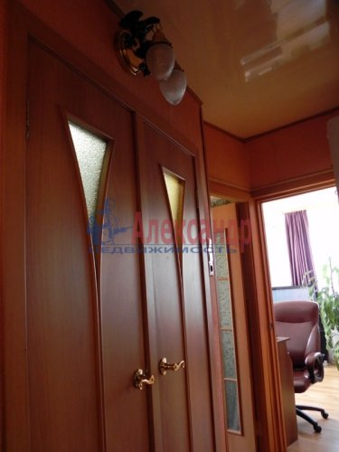 2-комнатная квартира (52м2) на продажу по адресу Подвойского ул., 14— фото 7 из 14