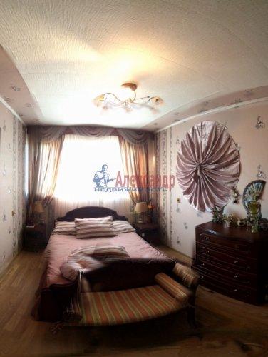 3-комнатная квартира (63м2) на продажу по адресу Приладожский пгт., 5— фото 4 из 12