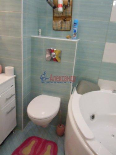 2-комнатная квартира (65м2) на продажу по адресу Комендантский пр., 51— фото 14 из 15