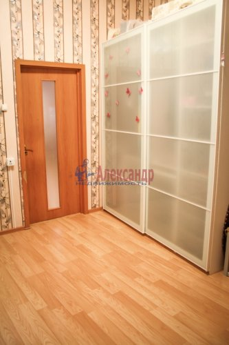 2-комнатная квартира (45м2) на продажу по адресу Выборг г., Крепостная ул., 1— фото 11 из 26