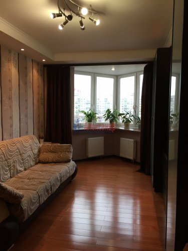 1-комнатная квартира (37м2) на продажу по адресу Караваевская ул., 28— фото 1 из 4