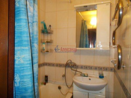 3-комнатная квартира (61м2) на продажу по адресу Ломоносов г., Ораниенбаумский пр., 49— фото 14 из 18