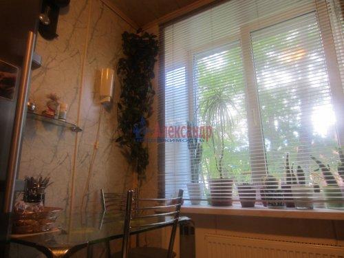 3-комнатная квартира (55м2) на продажу по адресу Сестрорецк г., Реки Сестры наб., 11— фото 2 из 6