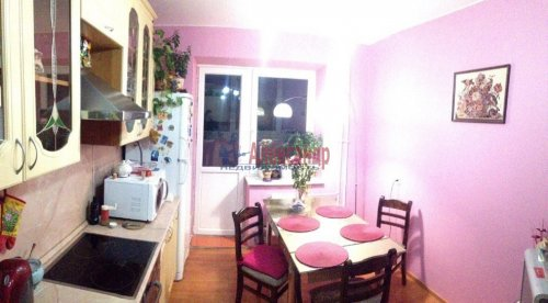 2-комнатная квартира (60м2) на продажу по адресу Беринга ул., 23— фото 8 из 15
