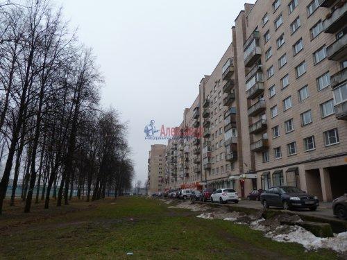 1-комнатная квартира (39м2) на продажу по адресу Пискаревский пр., 52— фото 1 из 16