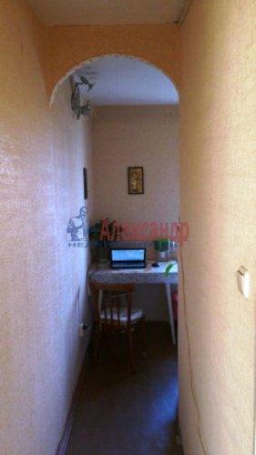 2-комнатная квартира (42м2) на продажу по адресу Примакова ул., 24— фото 2 из 6