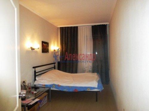 3-комнатная квартира (84м2) на продажу по адресу Старо-Петергофский пр., 10— фото 10 из 14