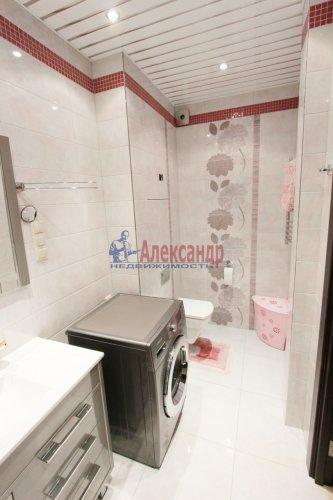 2-комнатная квартира (64м2) на продажу по адресу Белы Куна ул., 1— фото 12 из 16
