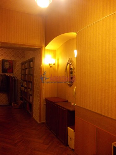 4-комнатная квартира (120м2) на продажу по адресу Невский пр., 107— фото 2 из 11