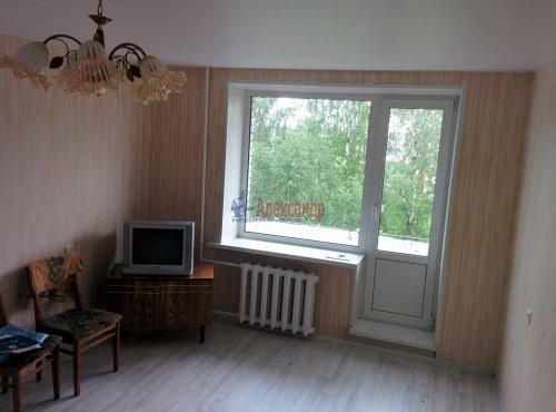 1-комнатная квартира (32м2) на продажу по адресу Лаголово дер., Садовая ул., 4— фото 1 из 11