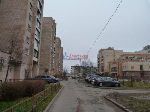 1-комнатная квартира (39м2) на продажу по адресу Пискаревский пр., 52— фото 2 из 16