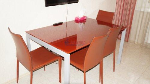 3-комнатная квартира (82м2) на продажу по адресу Варшавская ул., 23— фото 9 из 12