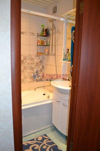 3-комнатная квартира (71м2) на продажу по адресу Комендантский пр., 31— фото 8 из 10