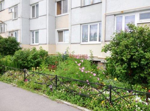 2-комнатная квартира (63м2) на продажу по адресу Пискаревский пр., 159— фото 1 из 7