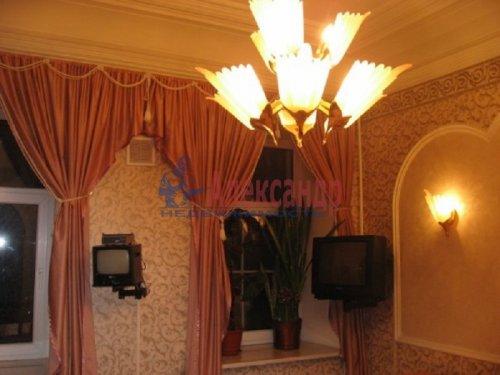 4-комнатная квартира (143м2) на продажу по адресу Большой пр., 63— фото 8 из 27