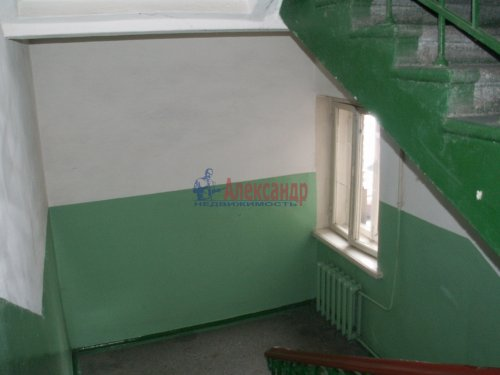 Комната в 3-комнатной квартире (83м2) на продажу по адресу Двинская ул., 11— фото 8 из 8