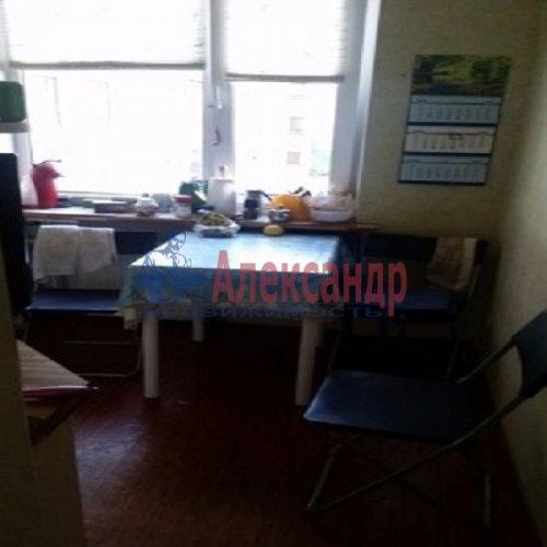 3-комнатная квартира (60м2) на продажу по адресу Демьяна Бедного ул., 1— фото 2 из 5