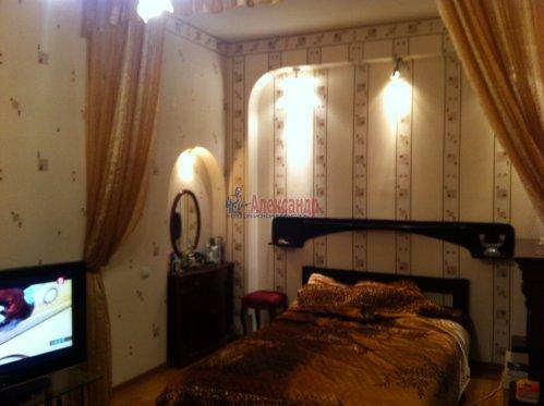 1-комнатная квартира (42м2) на продажу по адресу Замшина ул., 31— фото 2 из 13