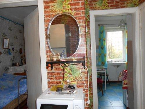 4-комнатная квартира (60м2) на продажу по адресу Сясьстрой г., Петрозаводская ул., 6— фото 3 из 5