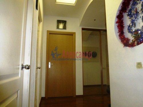 3-комнатная квартира (84м2) на продажу по адресу Старо-Петергофский пр., 10— фото 11 из 14